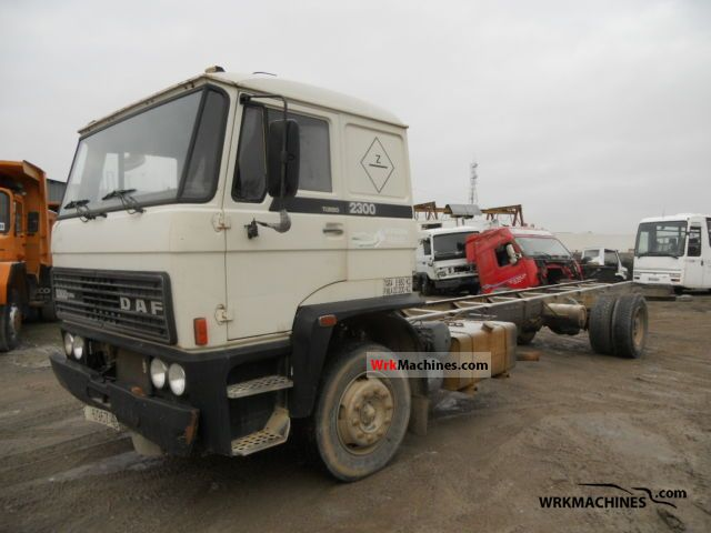1986 DAF F 2300 2300 Truck over 7.5t Chassis photo