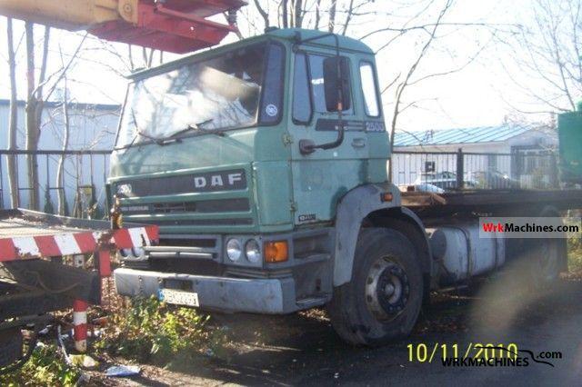 1987 DAF F 2500 2500 Semi-trailer truck Standard tractor/trailer unit photo
