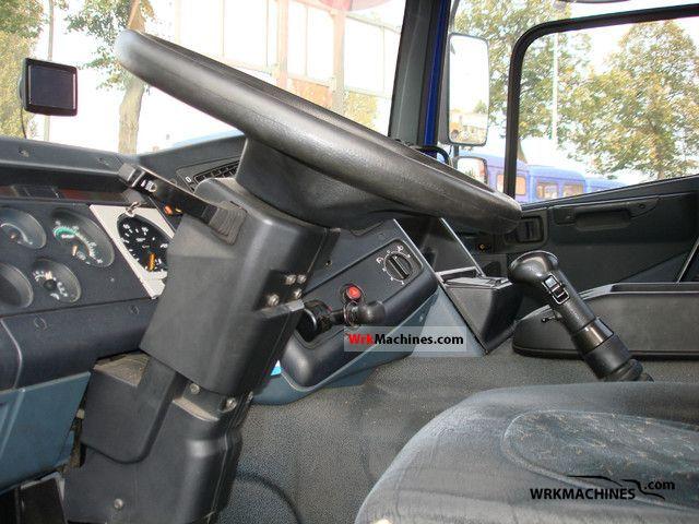 DAF 75 CF 75 CF 290 1999 Standard tractor/trailer unit