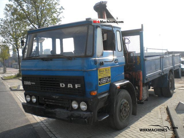1990 DAF F 2300 2300 Truck over 7.5t Truck-mounted crane photo
