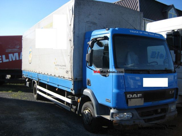 2003 DAF LF 45 45.220 Truck over 7.5t Stake body and tarpaulin photo
