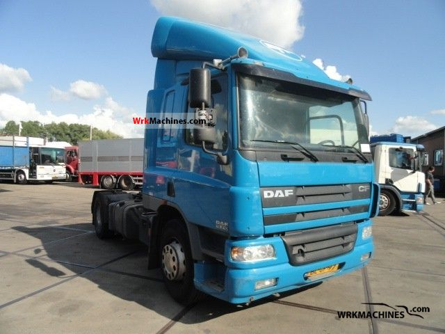 2001 DAF CF 75 75.310 Semi-trailer truck Standard tractor/trailer unit photo