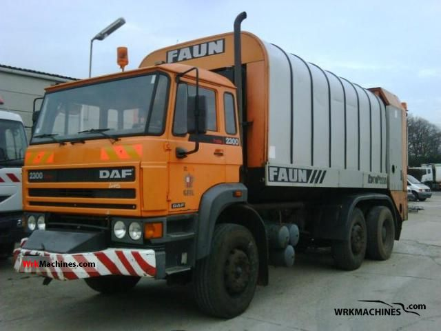 1992 DAF F 2300 2300 Truck over 7.5t Refuse truck photo