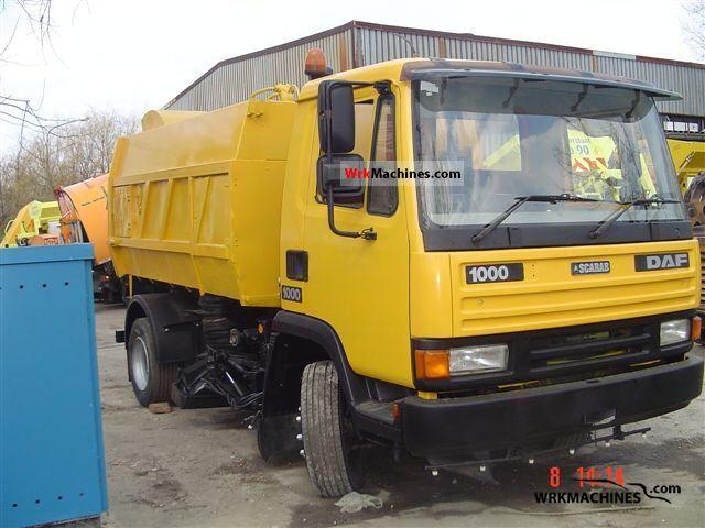 1990 DAF F 1000 1000 Truck over 7.5t Sweeping machine photo