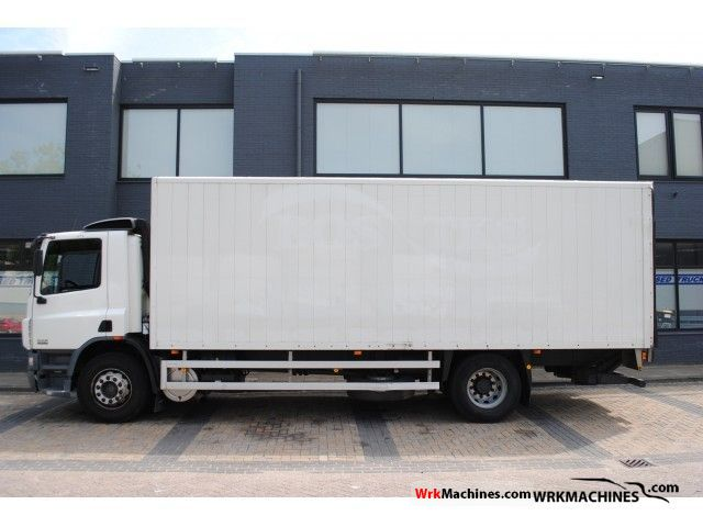 2002 DAF CF 65 65.220 Truck over 7.5t Box photo