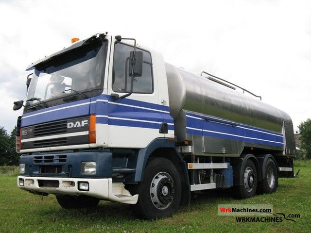 1996 DAF 85 85.330 Truck over 7.5t Tank truck photo