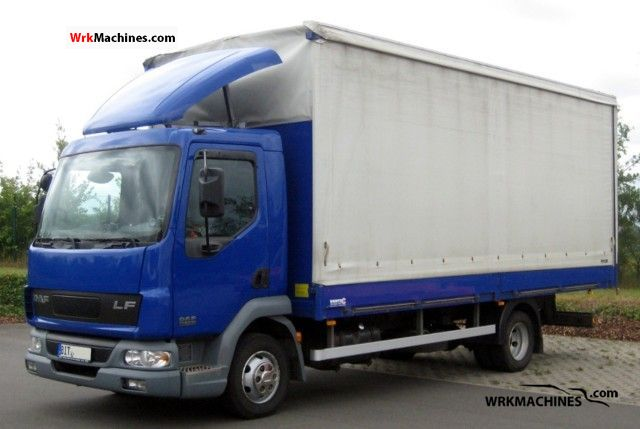 2006 DAF LF 45 45.150 Van or truck up to 7.5t Stake body and tarpaulin photo
