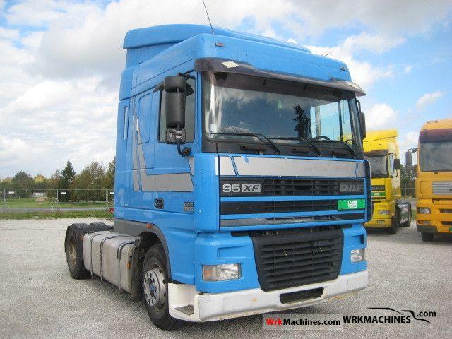 2001 DAF 95 XF 95 XF 430 Semi-trailer truck Standard tractor/trailer unit photo