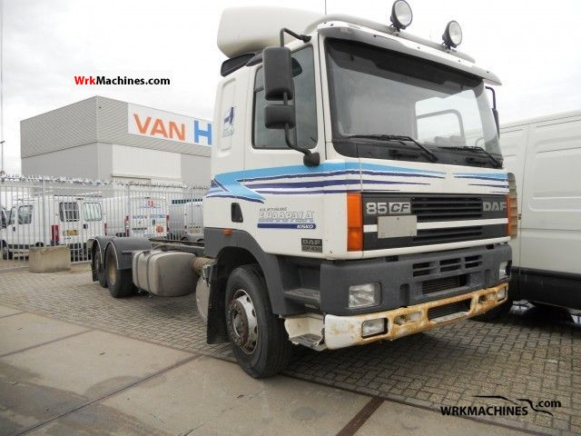 2000 DAF 85 CF 85 CF 430 Truck over 7.5t Chassis photo