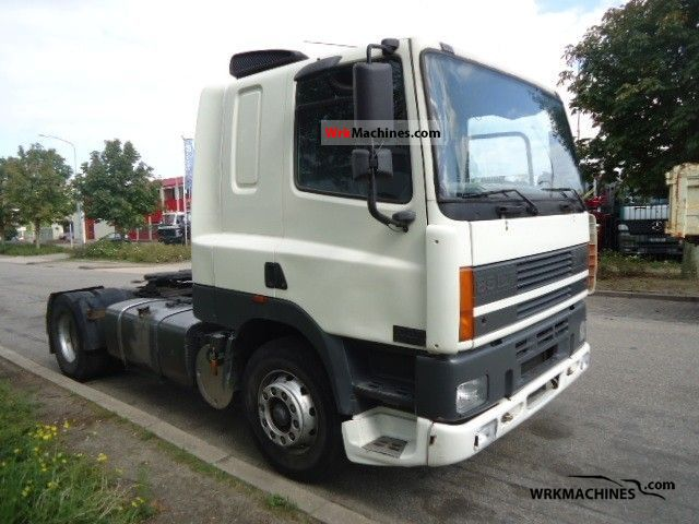 2000 DAF 85 CF 85 CF 380 Semi-trailer truck Standard tractor/trailer unit photo