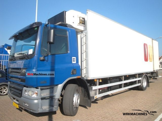 2001 DAF CF 65 65.180 Truck over 7.5t Refrigerator body photo