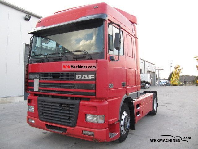 2002 DAF 95 XF 95 XF 430 Semi-trailer truck Standard tractor/trailer unit photo