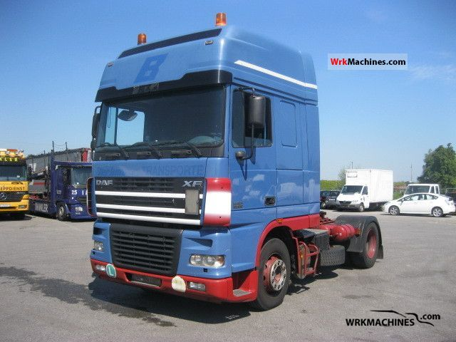 2004 DAF XF 95 95.430 Semi-trailer truck Standard tractor/trailer unit photo