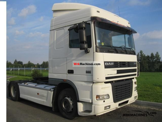 2004 DAF XF 95 95.480 Semi-trailer truck Standard tractor/trailer unit photo