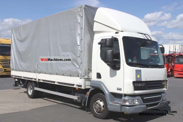 2007 DAF LF 45 45.160 Van or truck up to 7.5t Stake body and tarpaulin photo