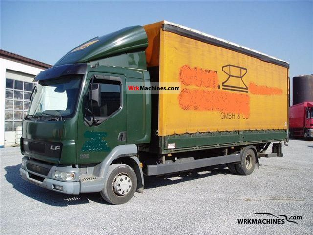 2004 DAF LF 45 45.220 Truck over 7.5t Stake body and tarpaulin photo