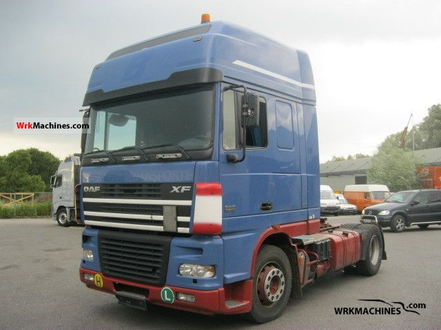 2005 DAF XF 95 95.430 Semi-trailer truck Standard tractor/trailer unit photo