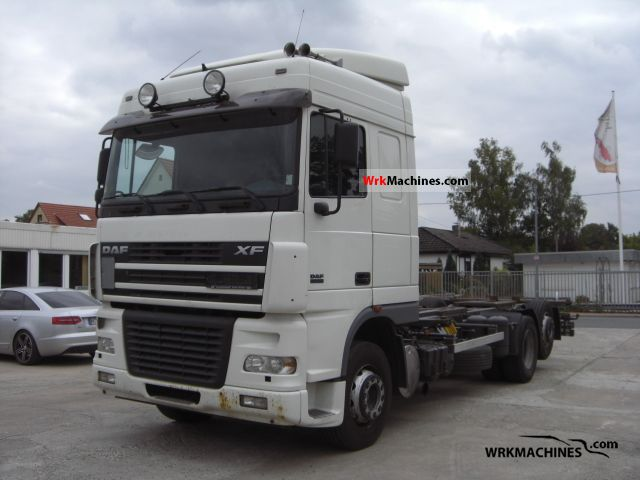 2004 DAF XF 95 95.430 Truck over 7.5t Swap chassis photo
