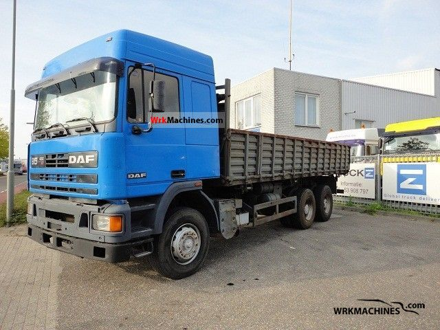 1993 DAF 95 95.430 Truck over 7.5t Three-sided Tipper photo