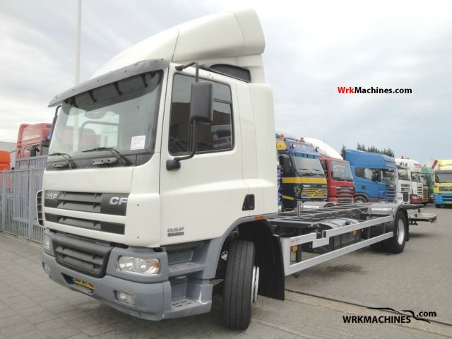 2006 DAF CF 65 65.220 Truck over 7.5t Chassis photo