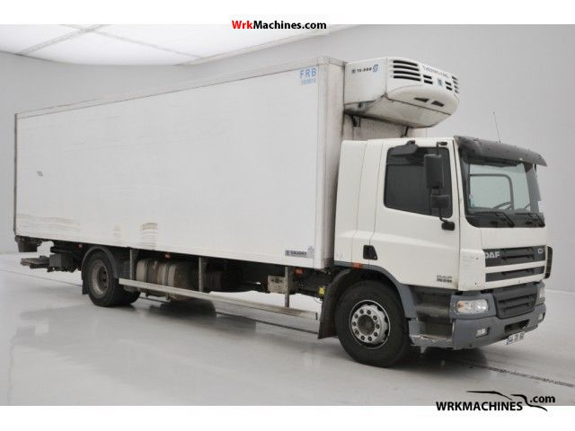 2003 DAF CF 75 75.310 Truck over 7.5t Refrigerator body photo