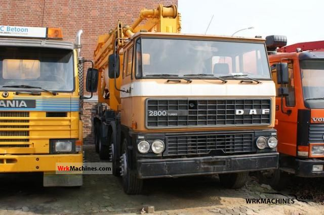 1988 DAF F 2800 2800 Truck over 7.5t Cement mixer photo