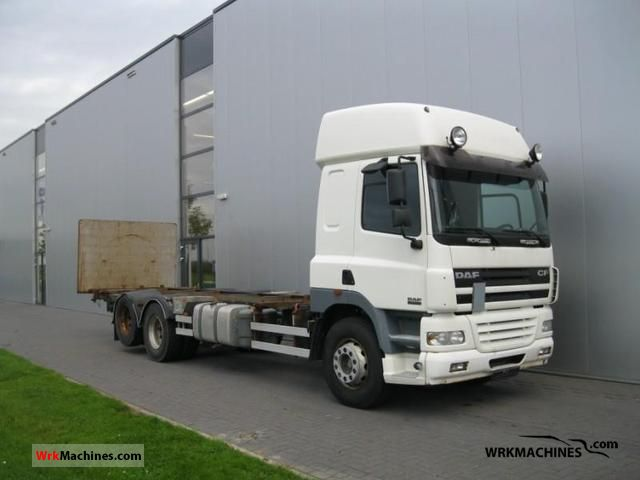 2005 DAF CF 85 85.430 Truck over 7.5t Swap chassis photo