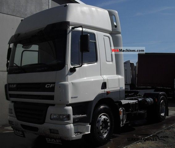 2006 DAF CF 85 85.430 Semi-trailer truck Standard tractor/trailer unit photo