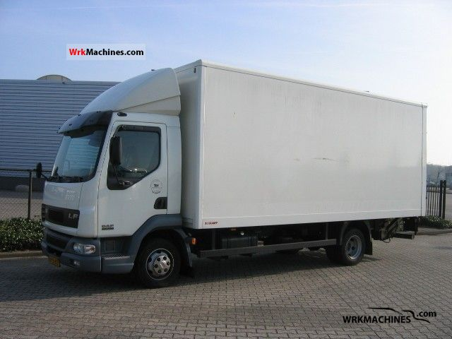 2006 DAF LF 45 45.150 Van or truck up to 7.5t Box photo