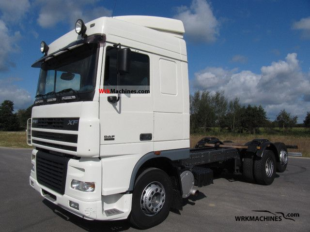 2006 DAF XF 95 95.430 Truck over 7.5t Chassis photo