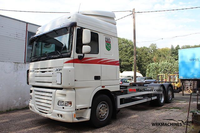 2006 DAF XF 105 105.410 Truck over 7.5t Swap chassis photo