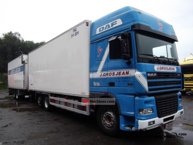 2004 DAF XF 95 95.480 Truck over 7.5t Refrigerator body photo