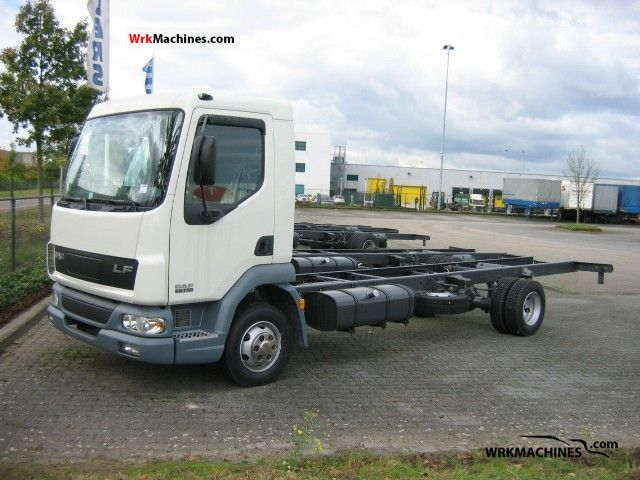2008 DAF LF 45 45.170 Van or truck up to 7.5t Chassis photo