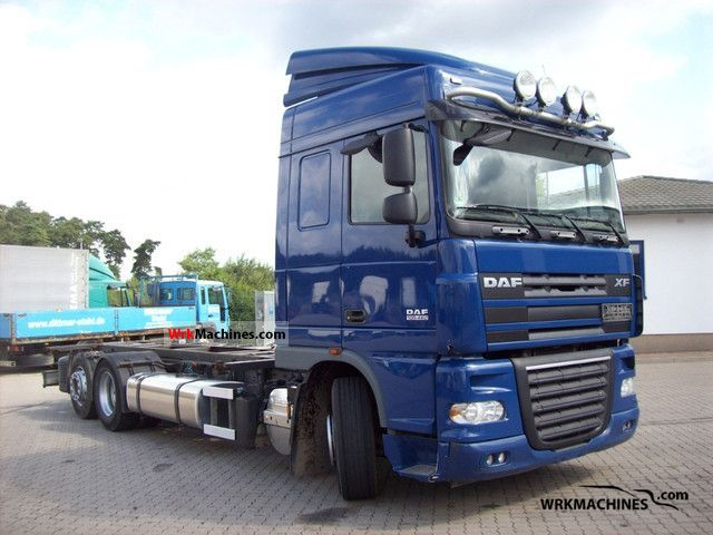 2007 DAF XF 105 105.460 Truck over 7.5t Jumbo Truck photo