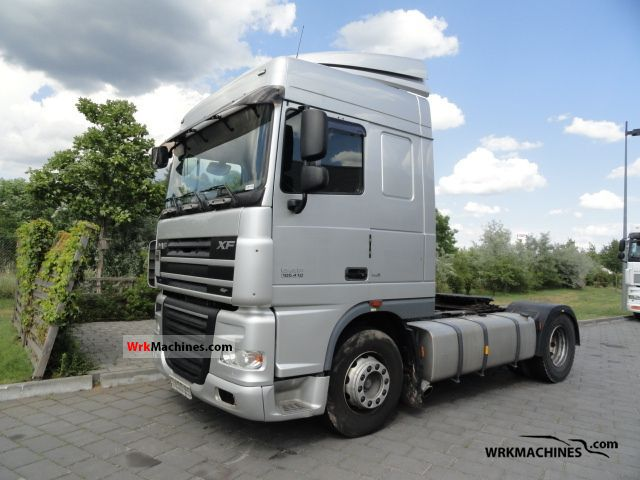 2007 DAF XF 105 105.410 Semi-trailer truck Standard tractor/trailer unit photo