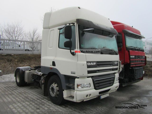2007 DAF CF 85 85.460 Semi-trailer truck Standard tractor/trailer unit photo