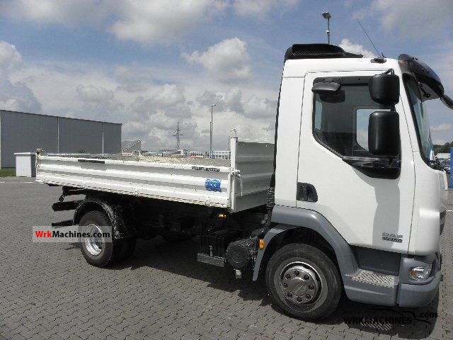 2008 DAF LF 45 45.180 Van or truck up to 7.5t Three-sided Tipper photo