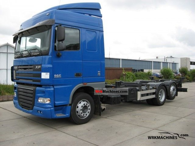 2007 DAF XF 105 105.460 Truck over 7.5t Swap chassis photo