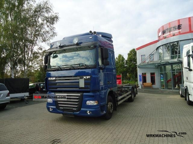 2008 DAF XF 105 105.460 Truck over 7.5t Swap chassis photo