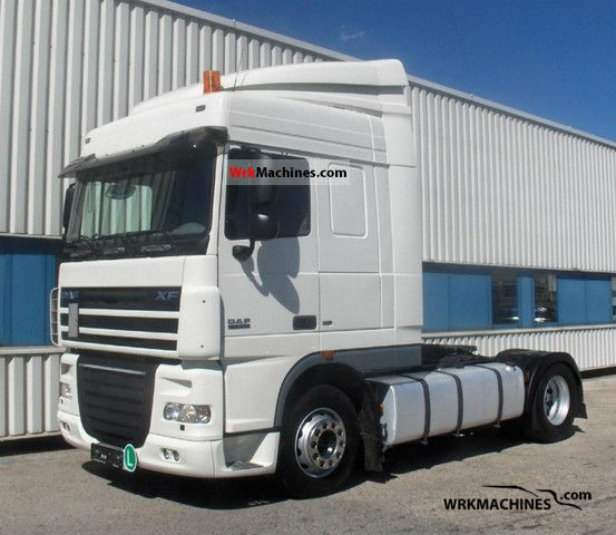 2007 DAF XF 105 FT 105.410 Semi-trailer truck Standard tractor/trailer unit photo