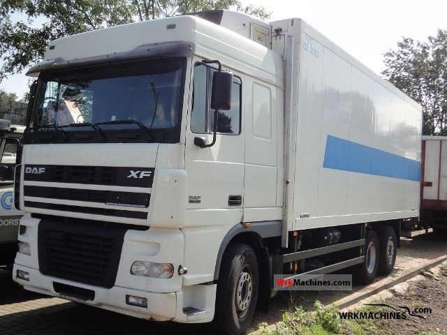 2004 DAF XF 95 95.430 Truck over 7.5t Refrigerator body photo
