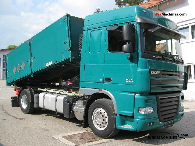 2007 DAF XF 105 105.410 Truck over 7.5t Three-sided Tipper photo