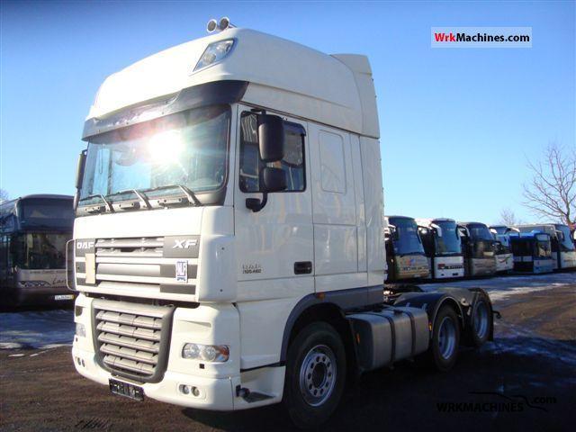 2007 DAF XF 105 105.460 Semi-trailer truck Heavy load photo