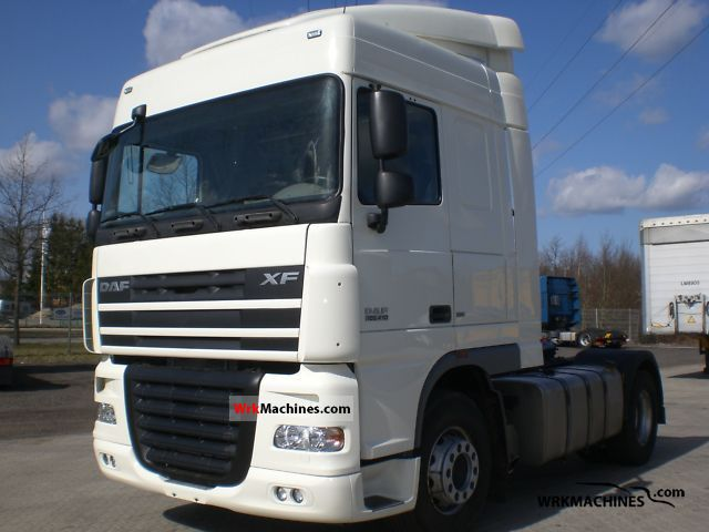 2009 DAF XF 105 105.410 Semi-trailer truck Standard tractor/trailer unit photo
