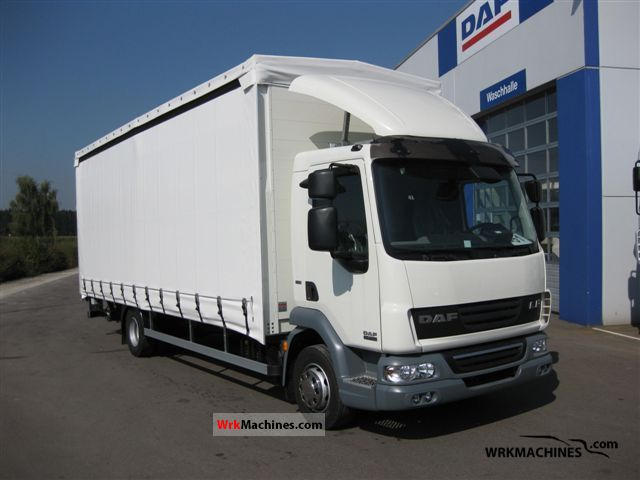 2011 DAF LF 45 45.220 Truck over 7.5t Stake body and tarpaulin photo