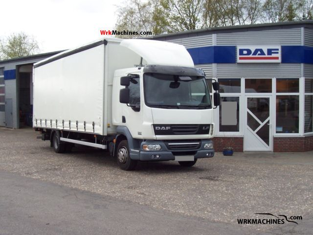 2011 DAF LF 45 45.220 Truck over 7.5t Box photo