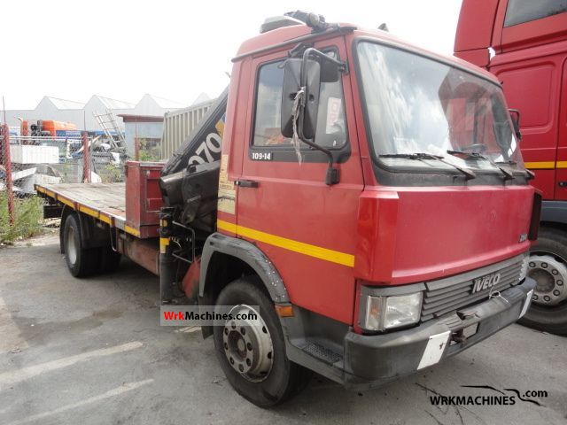1989 IVECO Zeta 109-14 Truck over 7.5t Stake body photo
