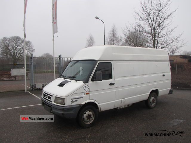 1999 IVECO Daily I 35-10 Van or truck up to 7.5t Box-type delivery van - high and long photo