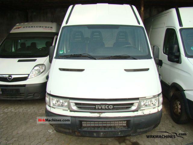 2006 IVECO Daily II 35 S 13 V Van or truck up to 7.5t Box-type delivery van - high and long photo
