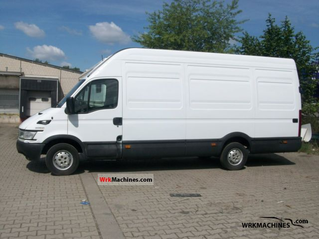 2006 IVECO Daily III 35S14 Van or truck up to 7.5t Box-type delivery van - high and long photo